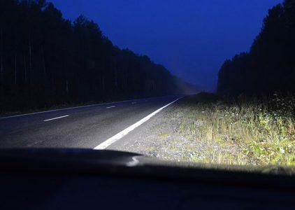 Когда водитель обязан надевать светоотражающий жилет